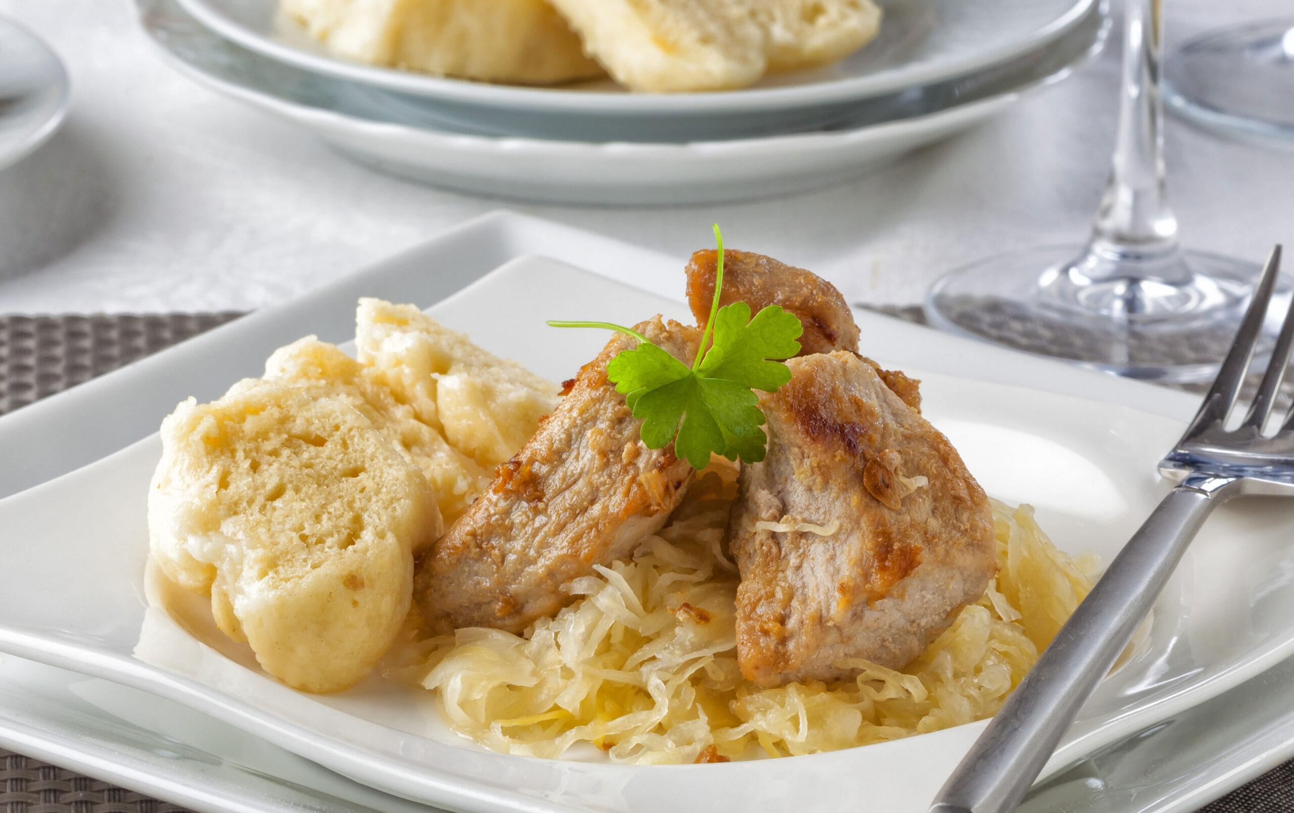 Veprove Knedliky sauerkraut tradisjonsmat Tsjekkia