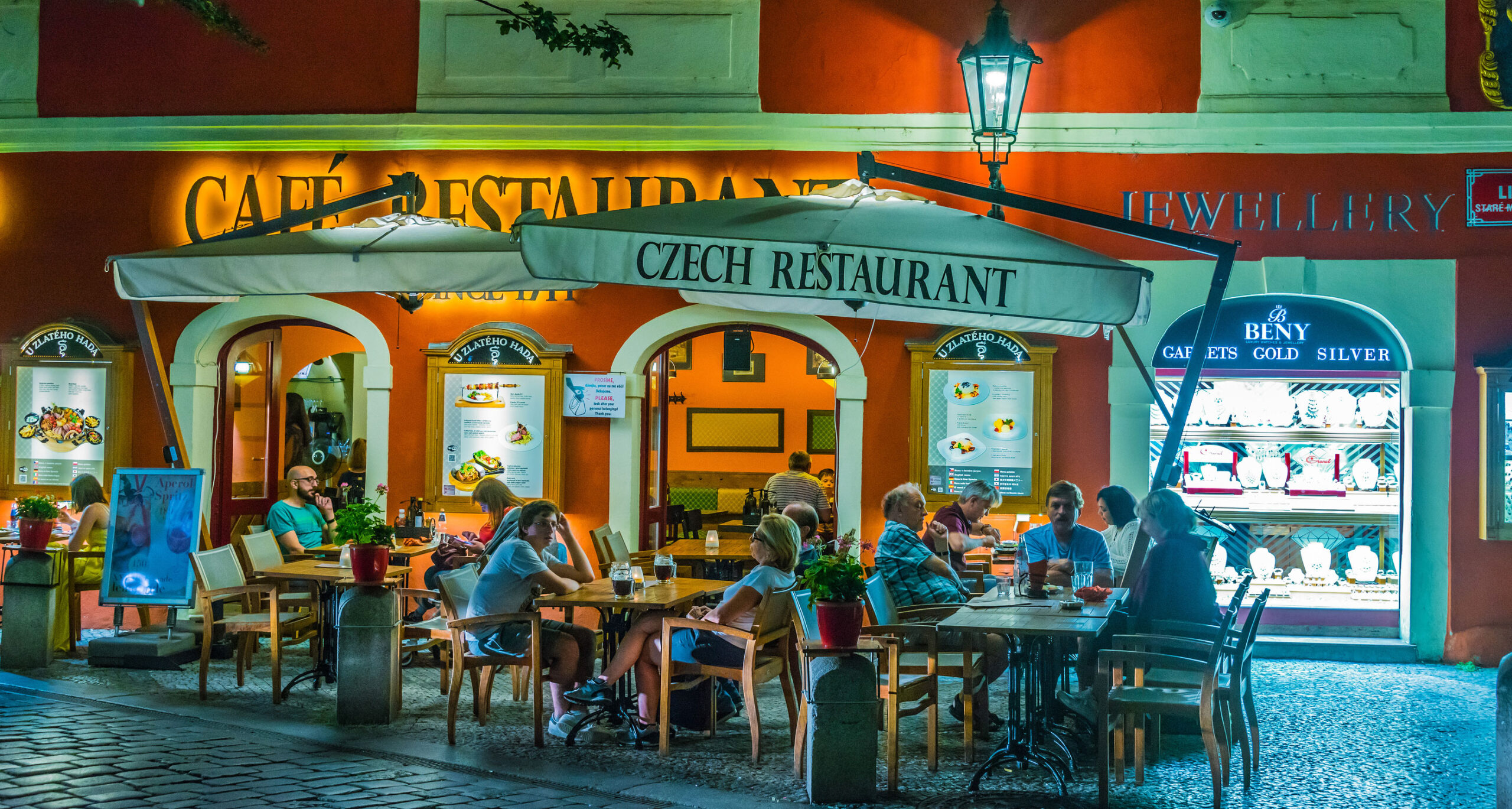 Praha tips hva gjøre restaurant lokal mat