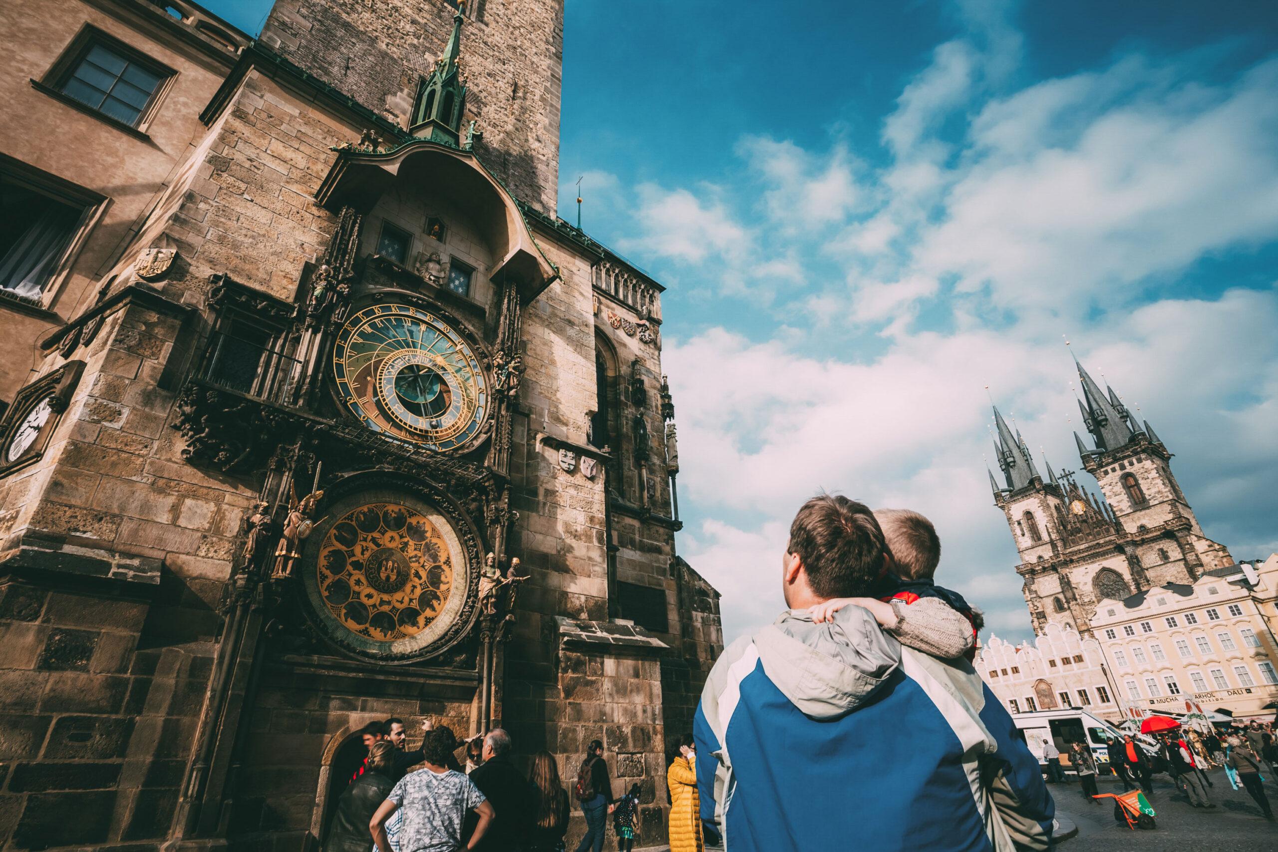 Den Astronomiske klokke Praha attraksjon severdighet